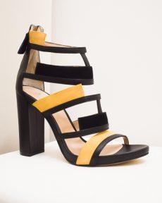 Sandalen mit Blockabsatz – Applikationen